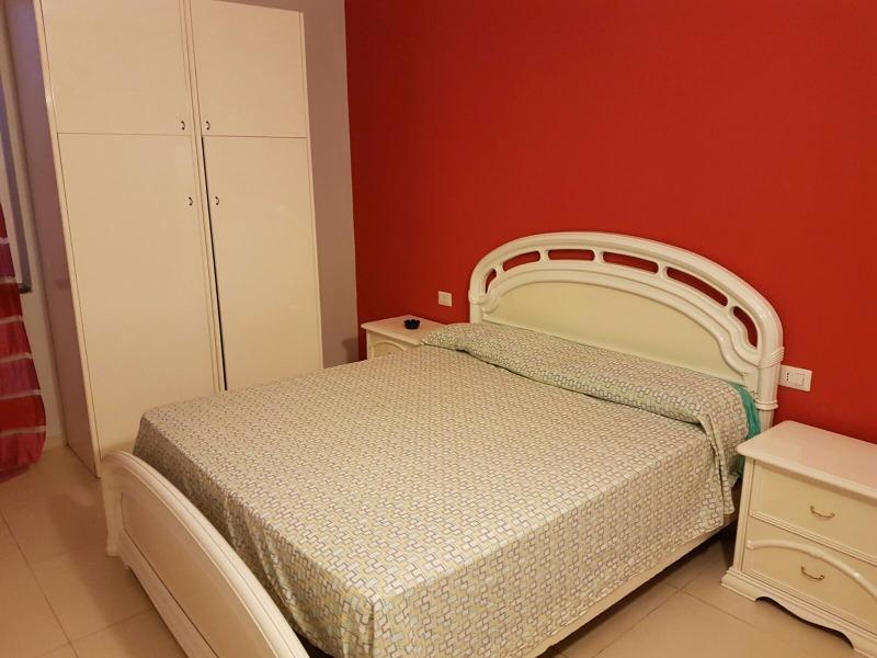 2 Appartamenti con camera da letto, cucina e bagno
