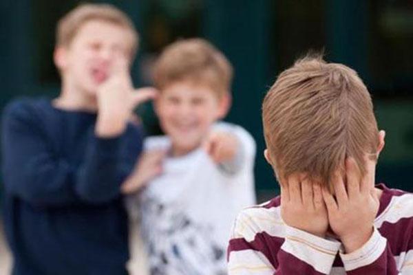 Bullismo in una scuola di Torrione. Finiscono a processo preside e maestre