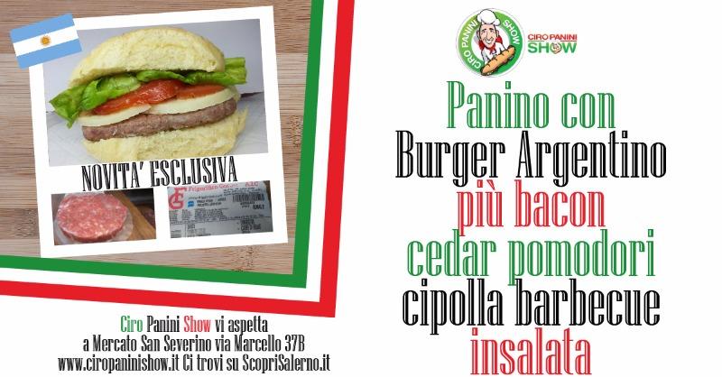 Panino con Burger Argentino più Bacon cedar pomodorini cipolla barbecue ed insalata