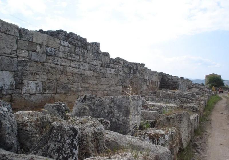 Nuova scoperta a Paestum: ritrovati i resti di Porta Aurea