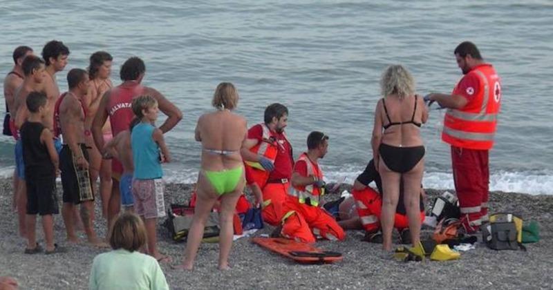 Tragedia a Battipaglia, uomo muore in spiaggia