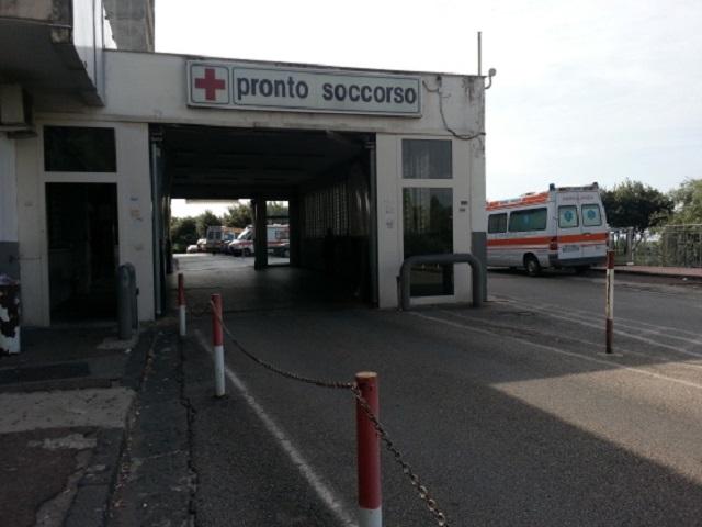 San Mango Piemonte, 42enne precipita dal balcone. Gravi le sue condizioni