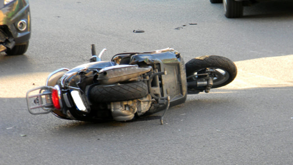 Lancusi, 16enne si schianta in motorino. Gravi le sue condizioni