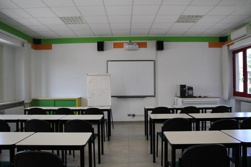 Salerno: confermata la chiusura delle scuole fino al 3 dicembre