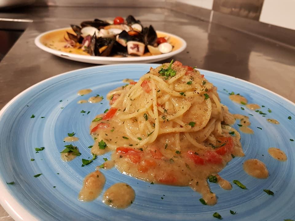 Spaghettoni con colatura di alici di Cetara