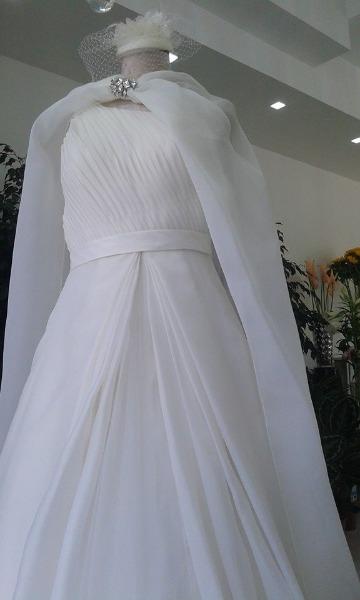 Vetrina wedding diva sposa atelier i fiori di carta scoprisalerno - Diva sposa salerno ...