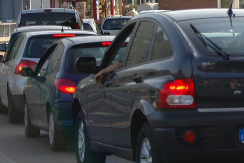 Problema traffico, giornata all'insegna delle lunghe code a Salerno
