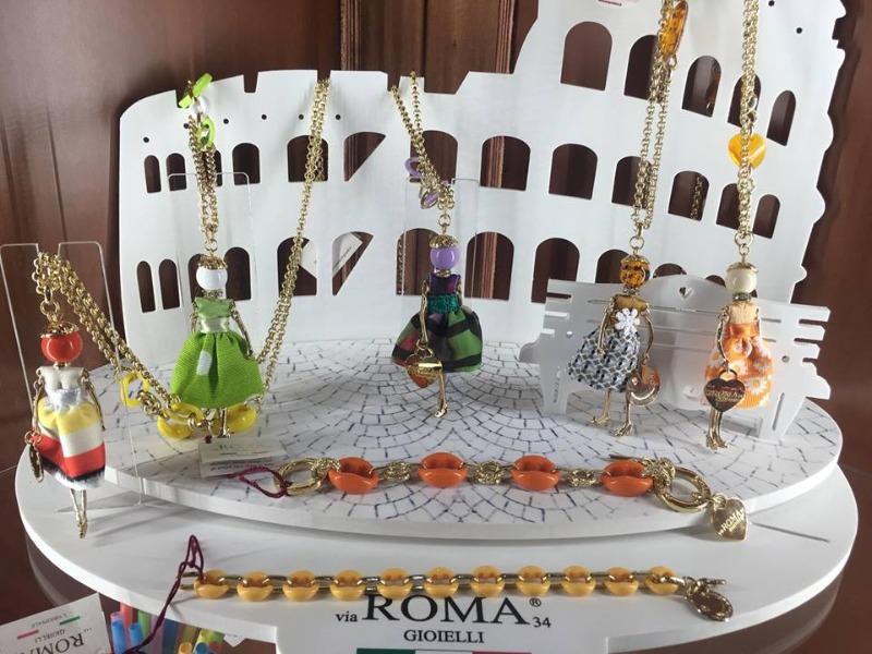 Bambole e Bracciali Roma Gioielli scontati fino al 50%