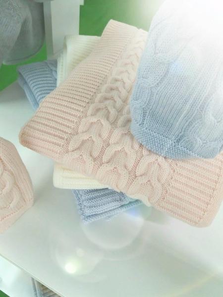 Morbide e soffici le nuove copertine in pura lana merinos