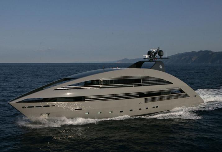 Sbarca ad Agropoli l'Ocean Pearl, il mega yatch da 41 metri