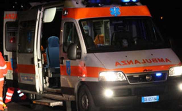Incidente in piazza San Francesco: 3 giovani feriti