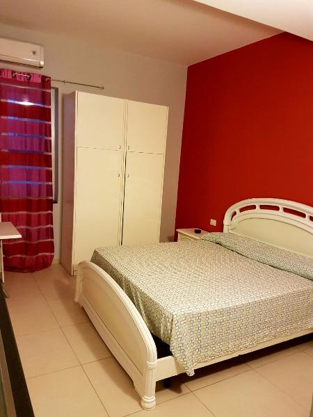 2 appartamenti con camera da letto cucina e bagno For2 Appartamenti Della Camera Da Letto Principale