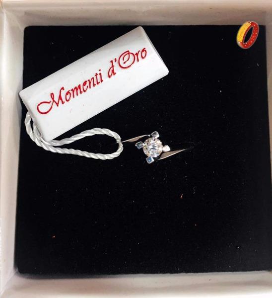 Solitario modello Valentino con diamante 0.20 carati
