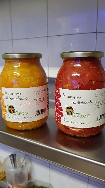 Vieni a provare le nostre pizze con i pomodorini del piennolo del Vesuvio,sia giallo che rosso