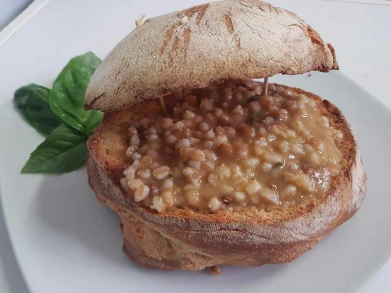 Zuppa di lenticchie con farro e orzo perlato