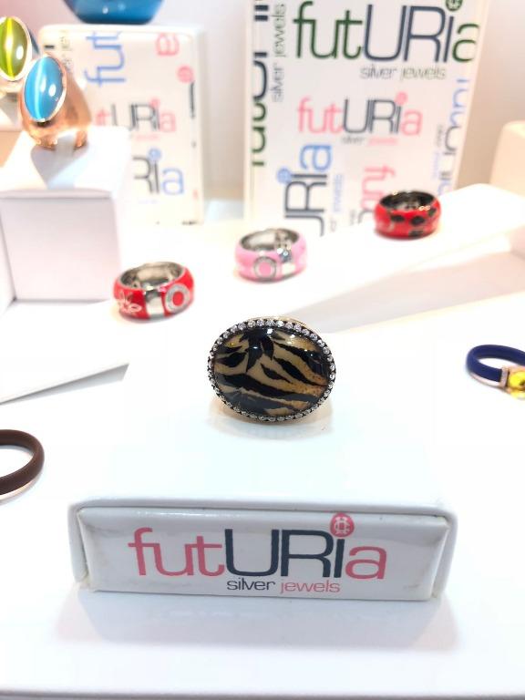 Anelli firmati Futuria, design Italiano, prodotti in Italia, in argento 925%