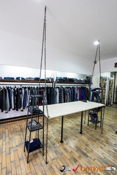 Omfas dal 1954 solofra lavorazione acciaio arredamento for Arredo negozi salerno