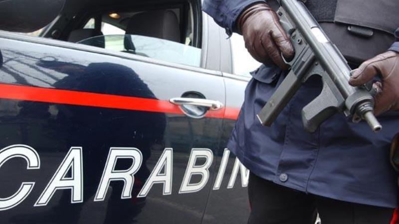 Utilizzava l' auto come deposito della droga. Arrestato 42enne a Pontecagnano